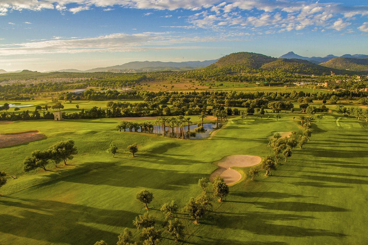 T Golf & Country Club Holidays