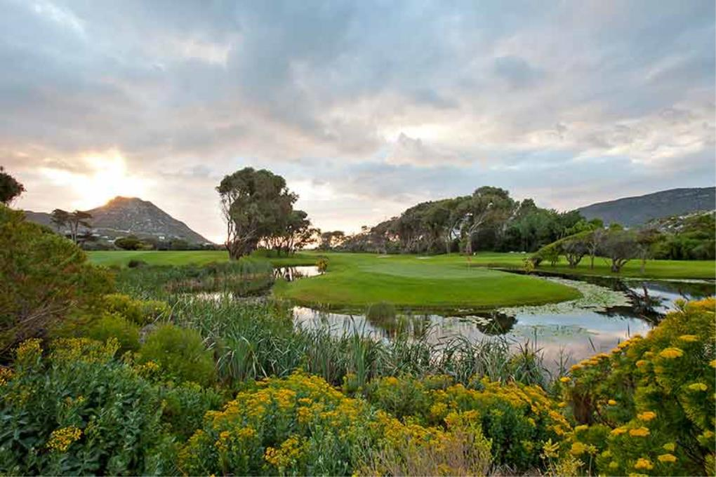 Clovelly Golf Club Holidays